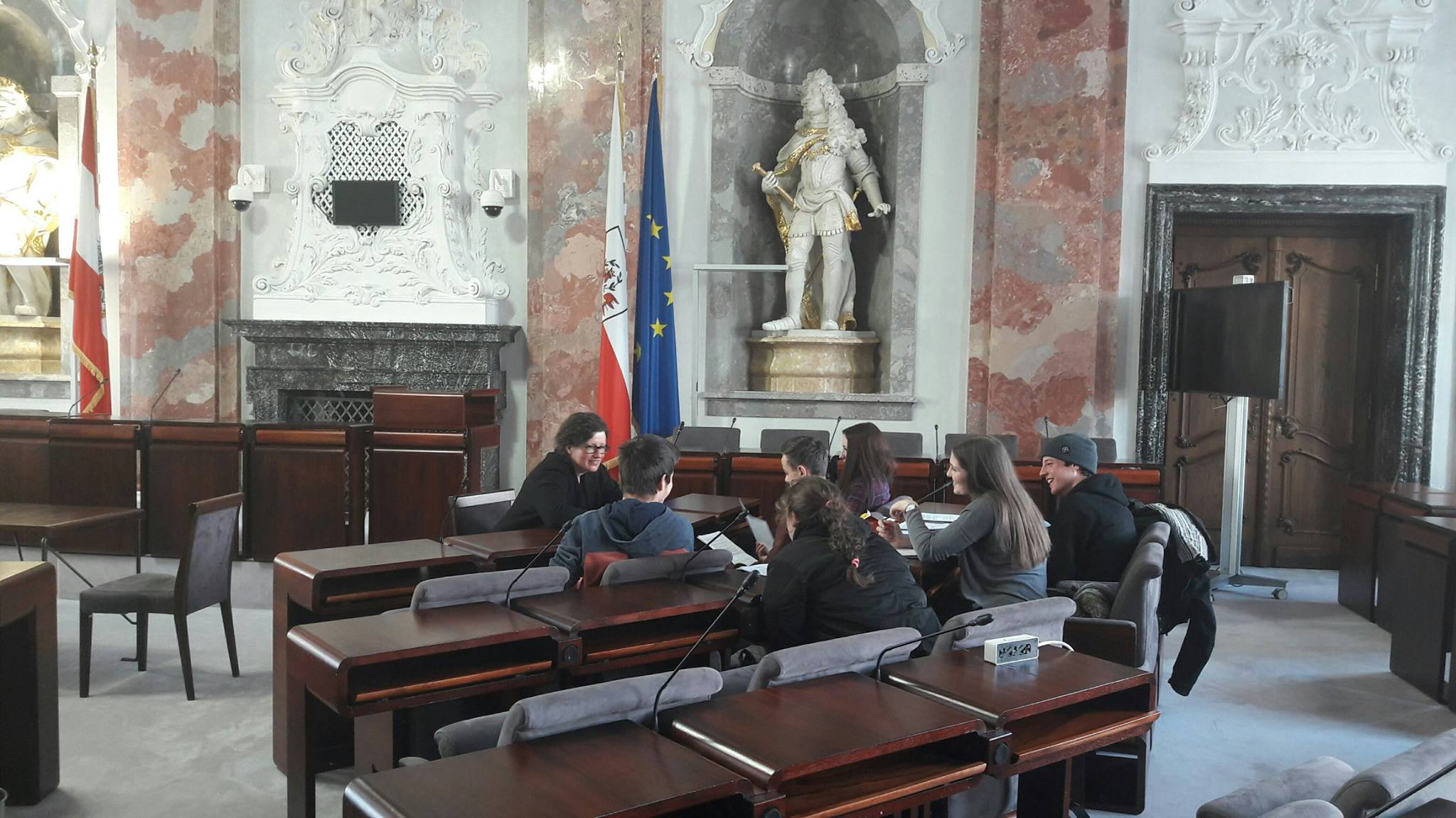 Diskussionsgruppe während Politcafe